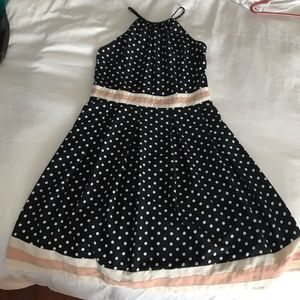 Dresses & Skirts - EUC polka dot dress